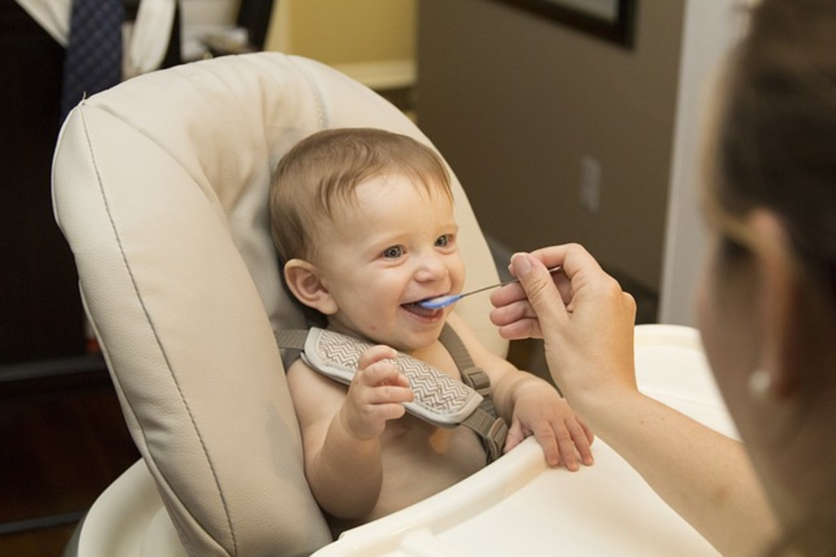 Perianal dermatitis causes soreness around your baby's bottom and is often caused by too sudden a change from mother's milk or formula milk to solids.