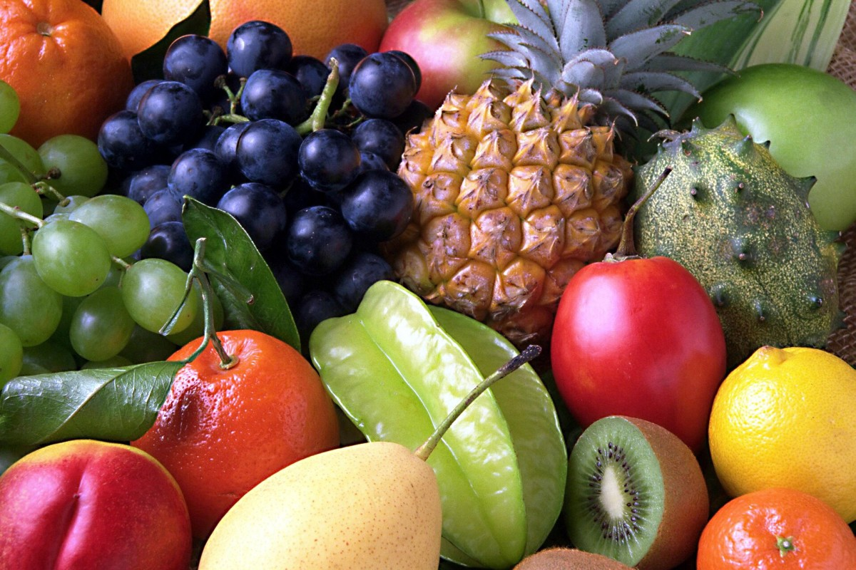 Fruit can be part of a healthy diet and boost the activity of the immune system.