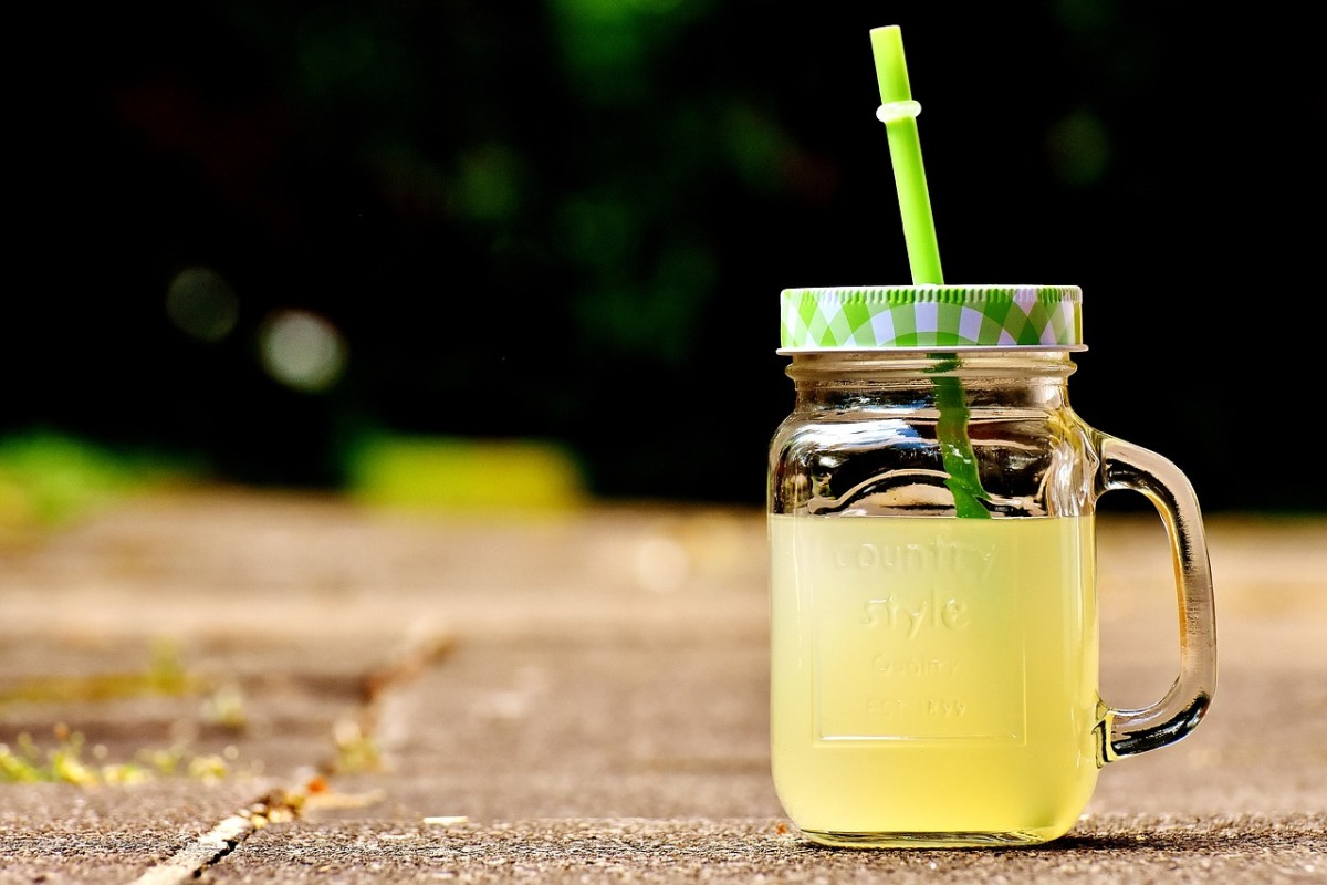 Drinking from a straw can help minimize damage from sugary drinks.