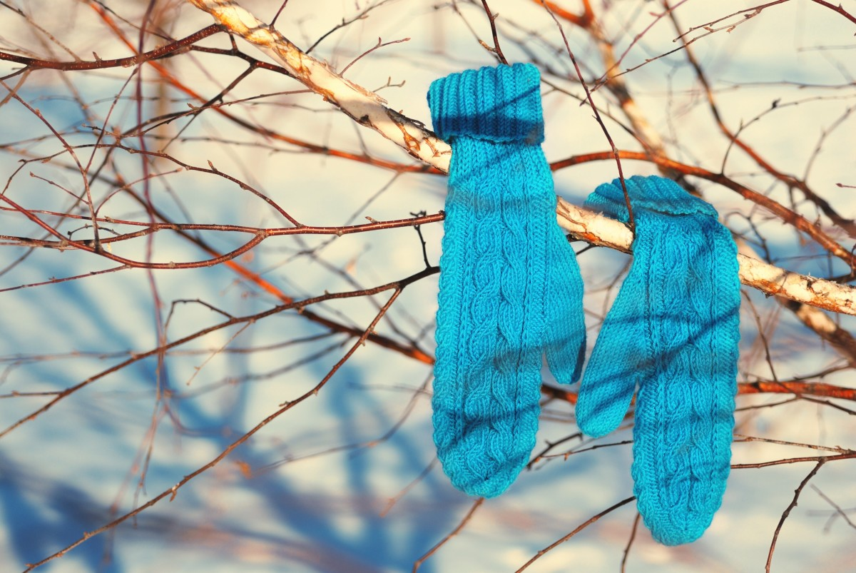 Keep fingers warm with gloves or mittens to avoid chilblains.