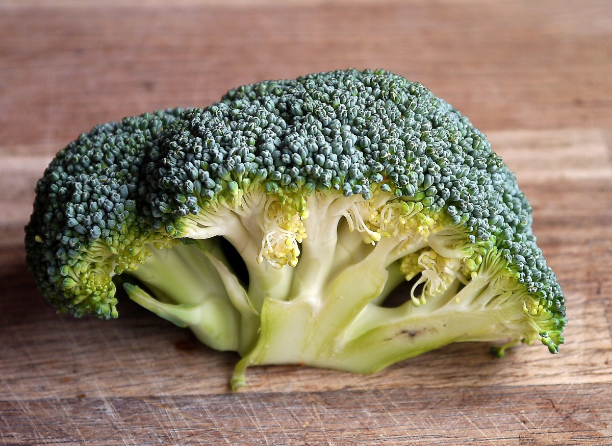 Broccoli is a good source of fibre.