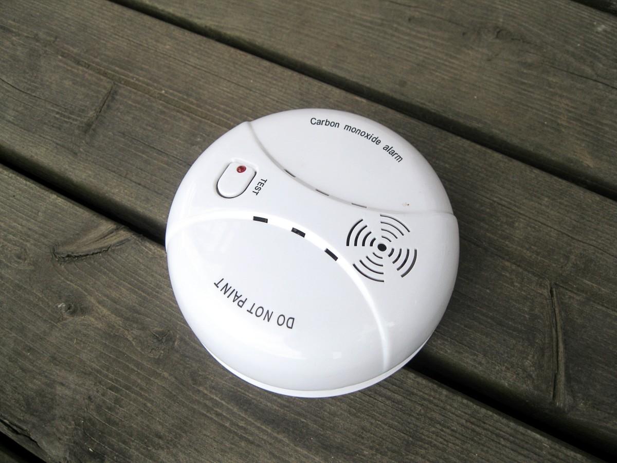 A carbon monoxide detector and alarm