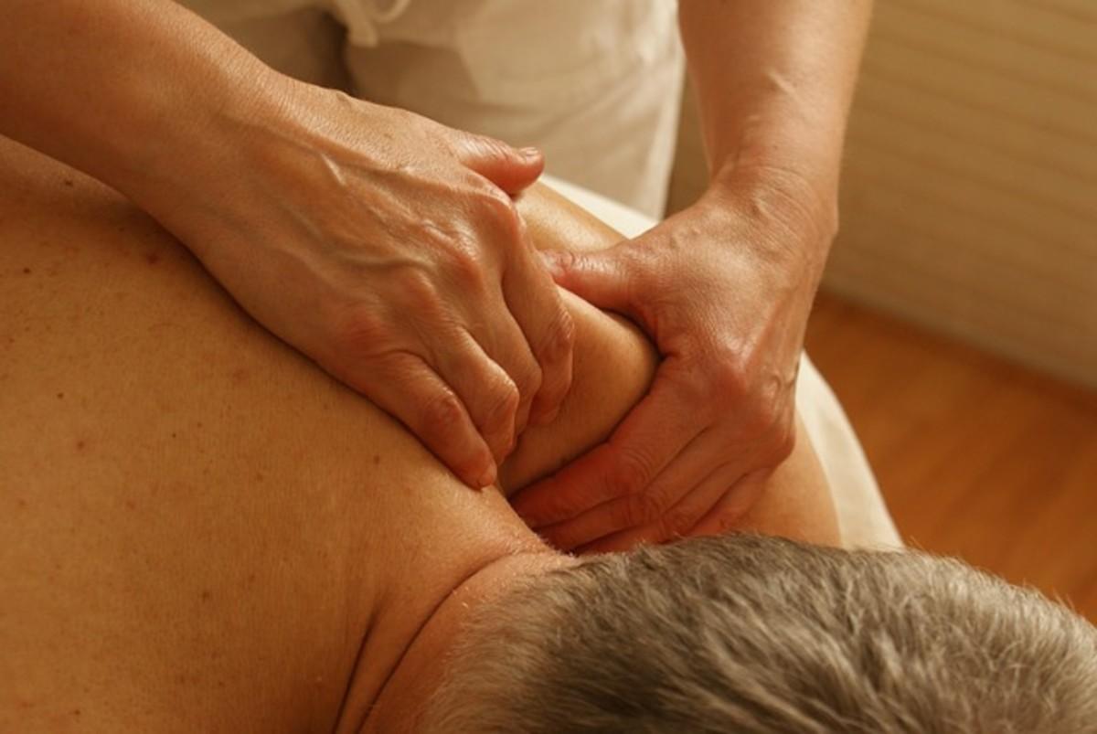 Sharp Upper Back Pain between Shoulder Blades - A Must Read Primer