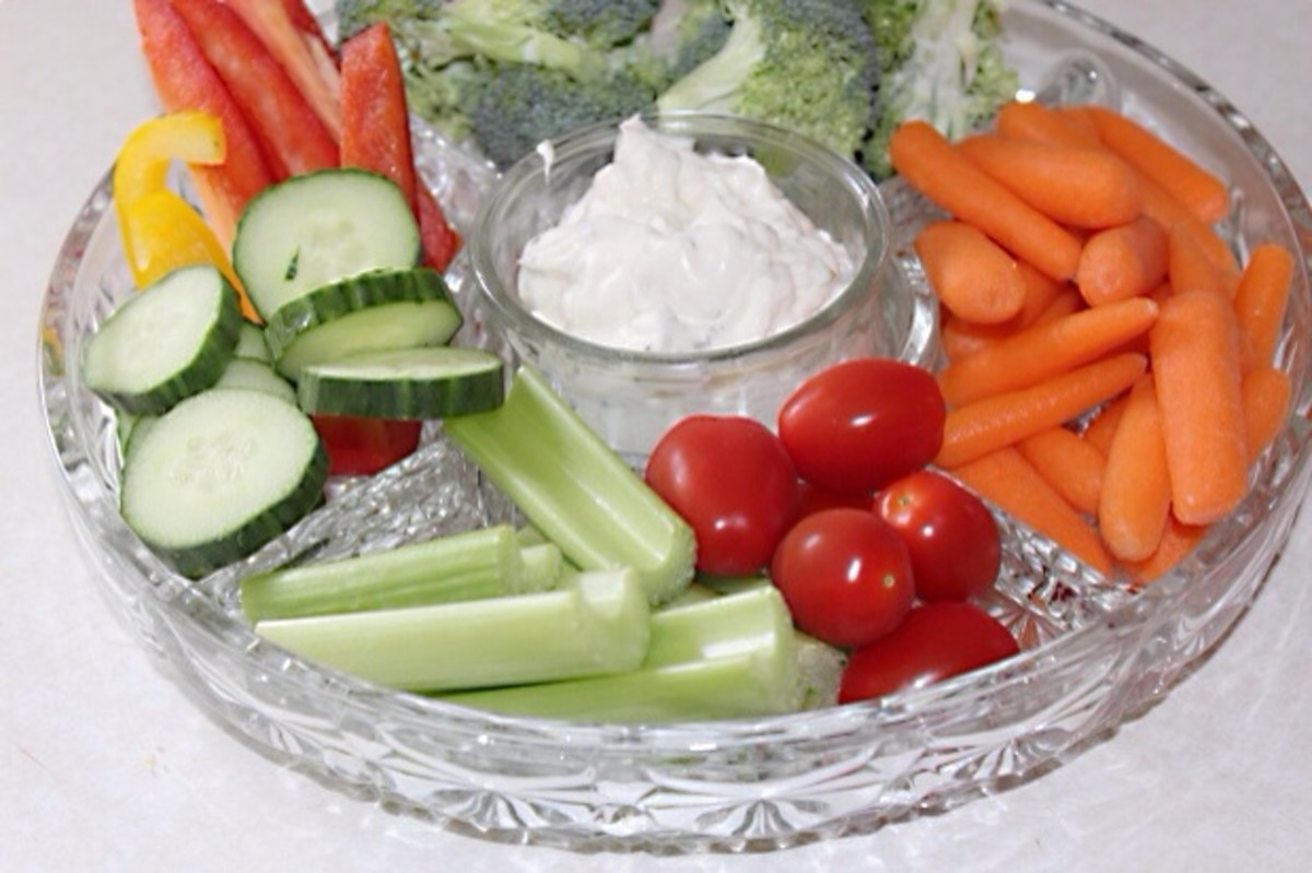 Vegetables such as celery, carrots, tomatoes, and cucumbers can cause oral allergy syndrome symptoms in some people.