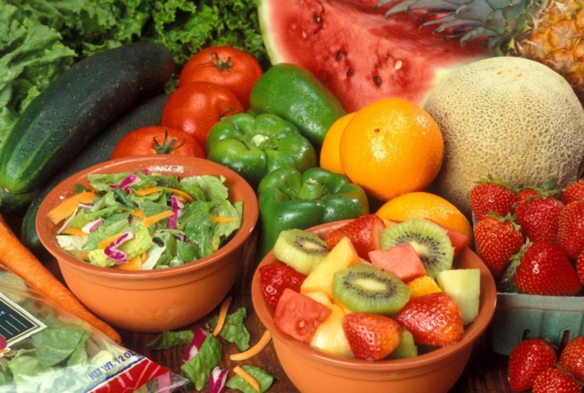 Fruit and veggies play an important part of a low-carb food plan.