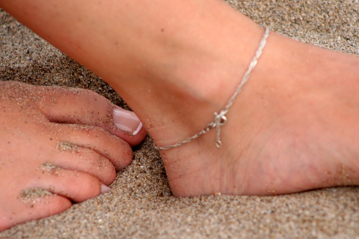 Causes of Itchy Ankles - When is an itch not just an itch?