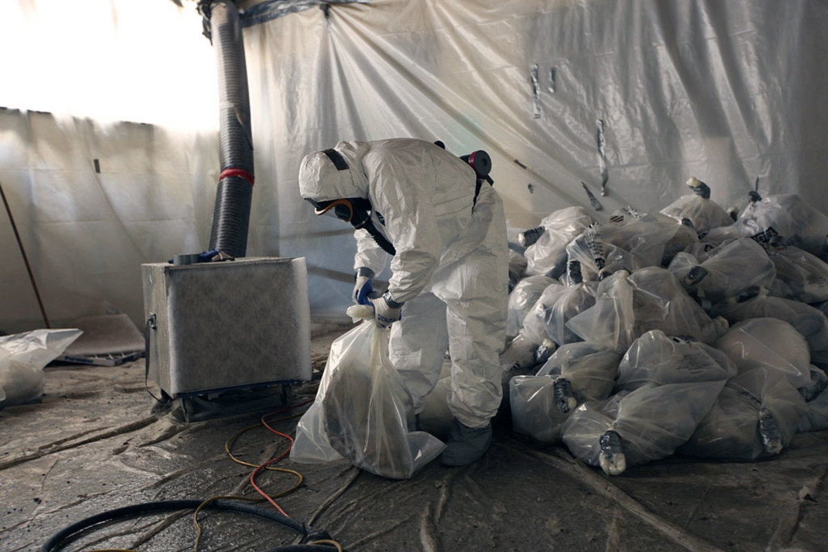 Asbestos can cause a specific form of lung cancer called Mesothelioma.