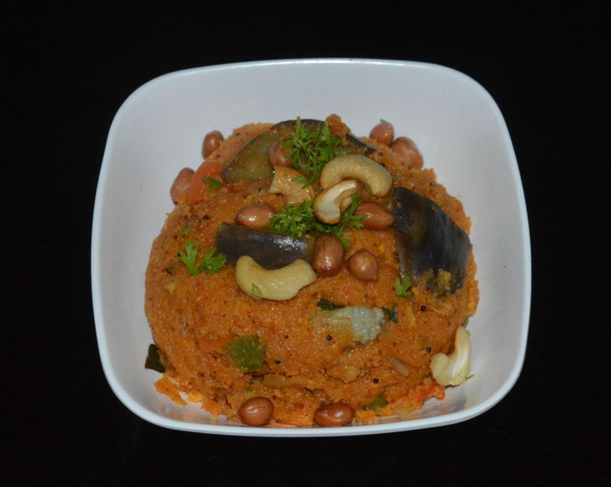 Rava Vangibath (Spicy Semolina Upma)