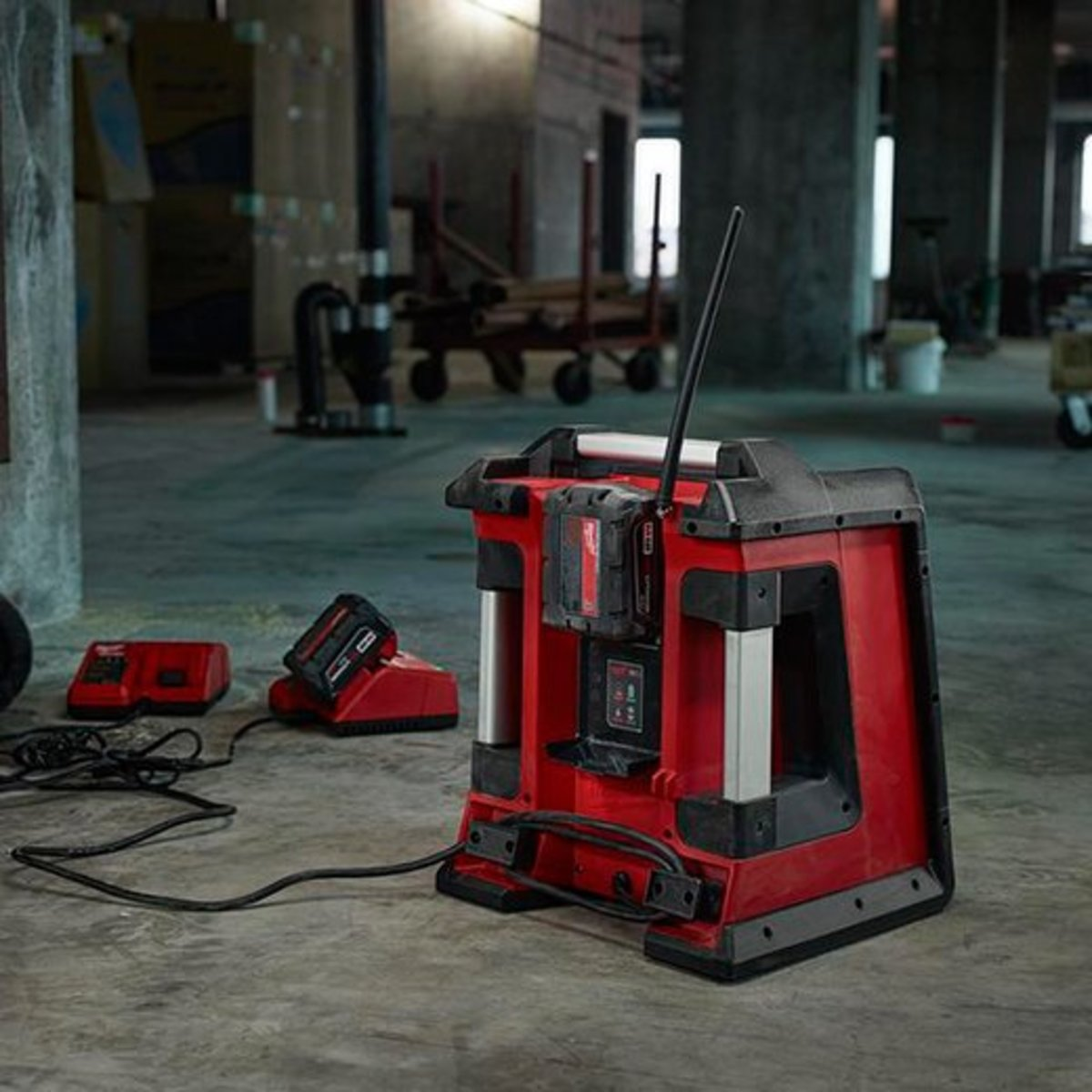 What's the Best Construction Radio?: 5 Job Site Boombox Reviews