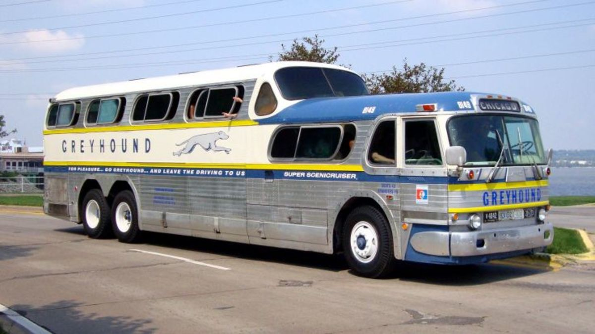 Tips for Travel on a Greyhound Bus