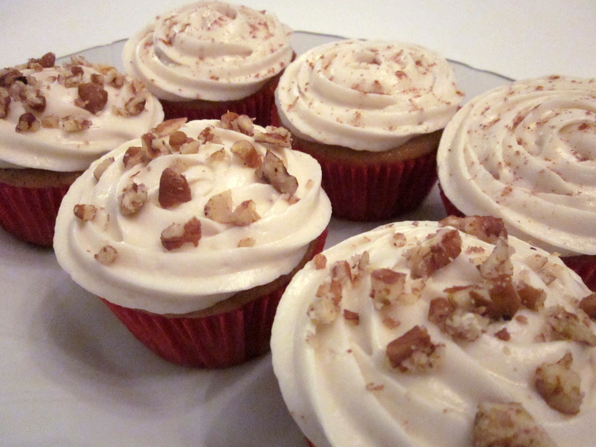 Pumpkin Cupcakes With Maple Frosting