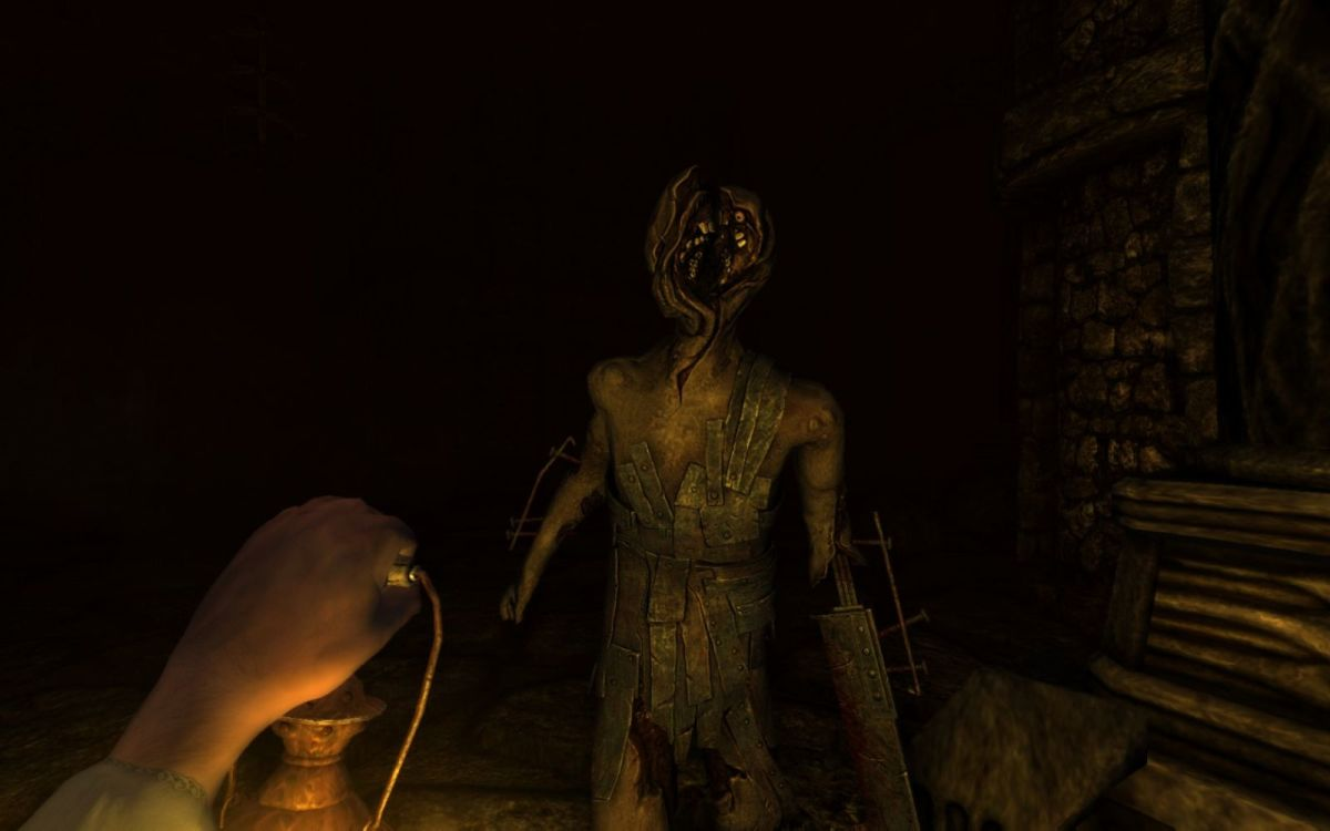 11 Terrifying Horror Games Like