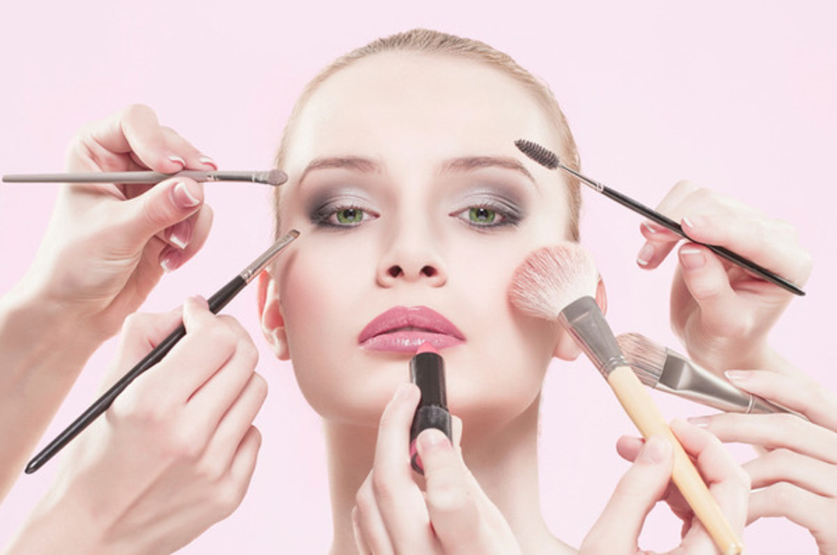 Learn how to apply makeup while avoiding bacteria and fungus.