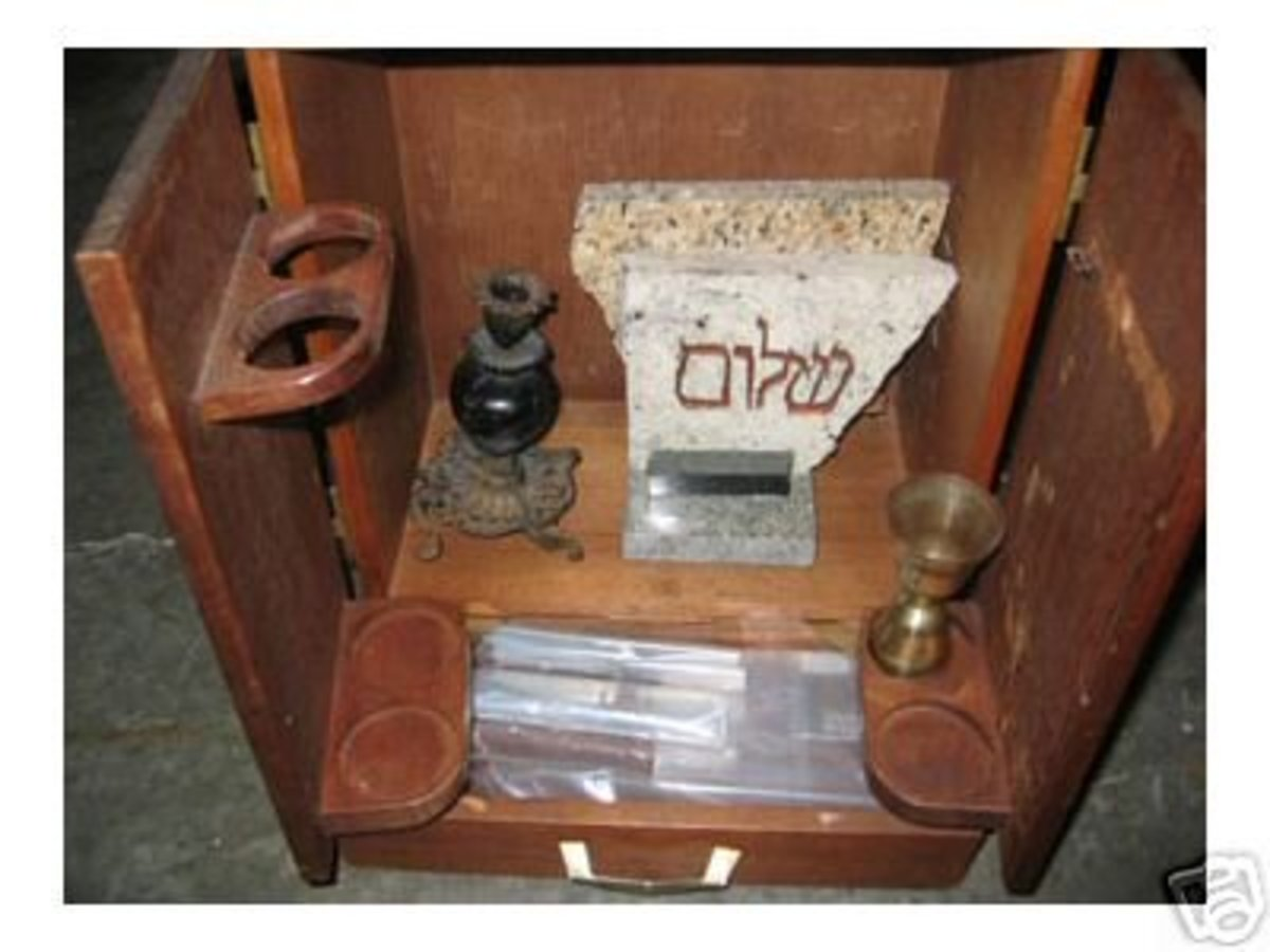 The Dibbuk Box.