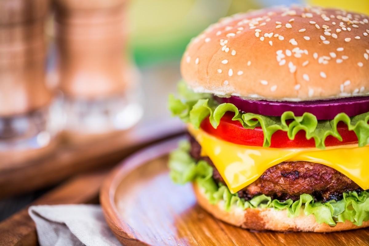 50 Best Burger Restaurant Names | Delishably