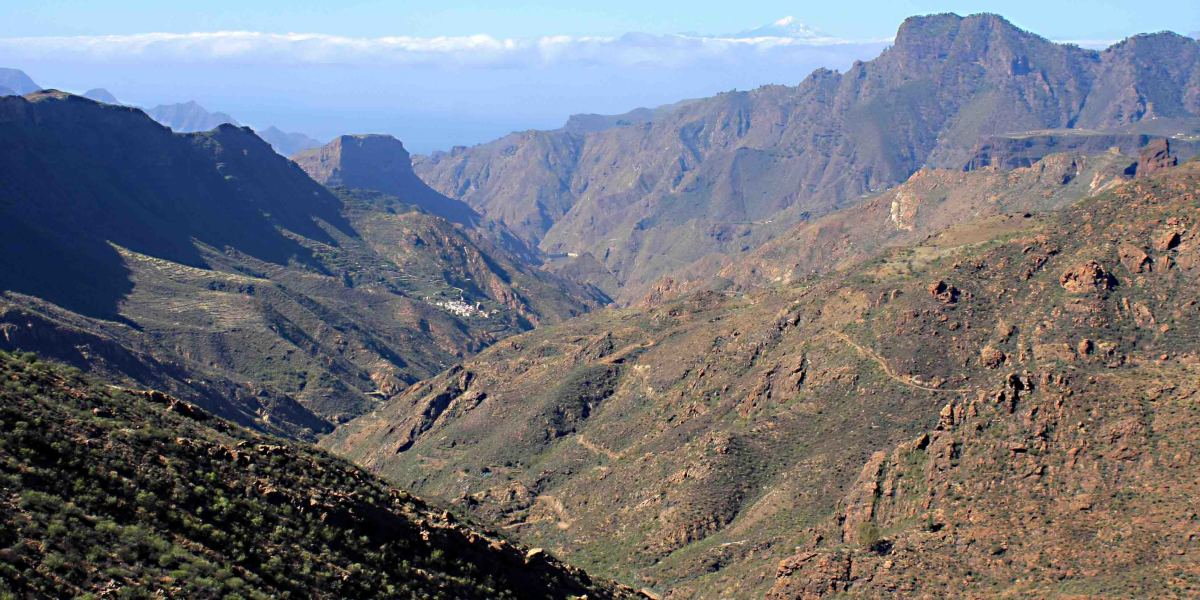Gran Canaria: Driving in the Mountains - The History and Scenery of the Island