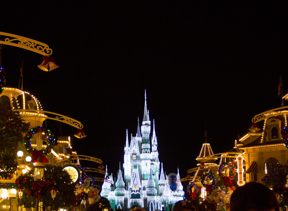 How To Do Disney World For Free (Or Very Little Money)