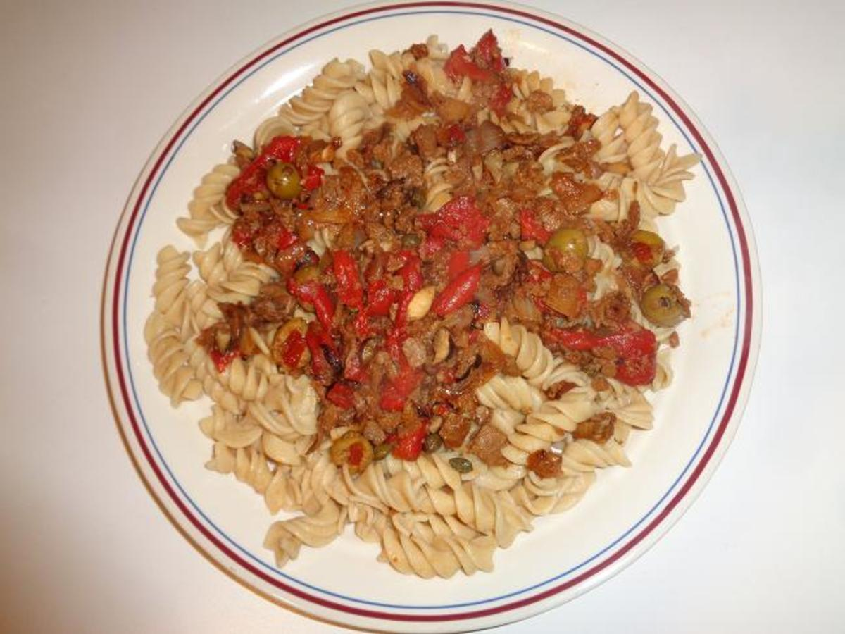 Homemade Tomato Sauce Recipe Using Meatless Veggie Crumbles