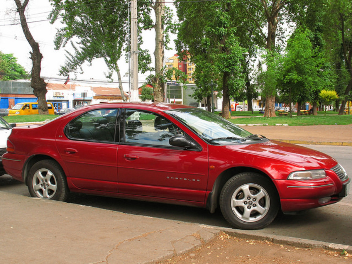 How to Change an Oxygen Sensor on a 2000 Dodge Stratus