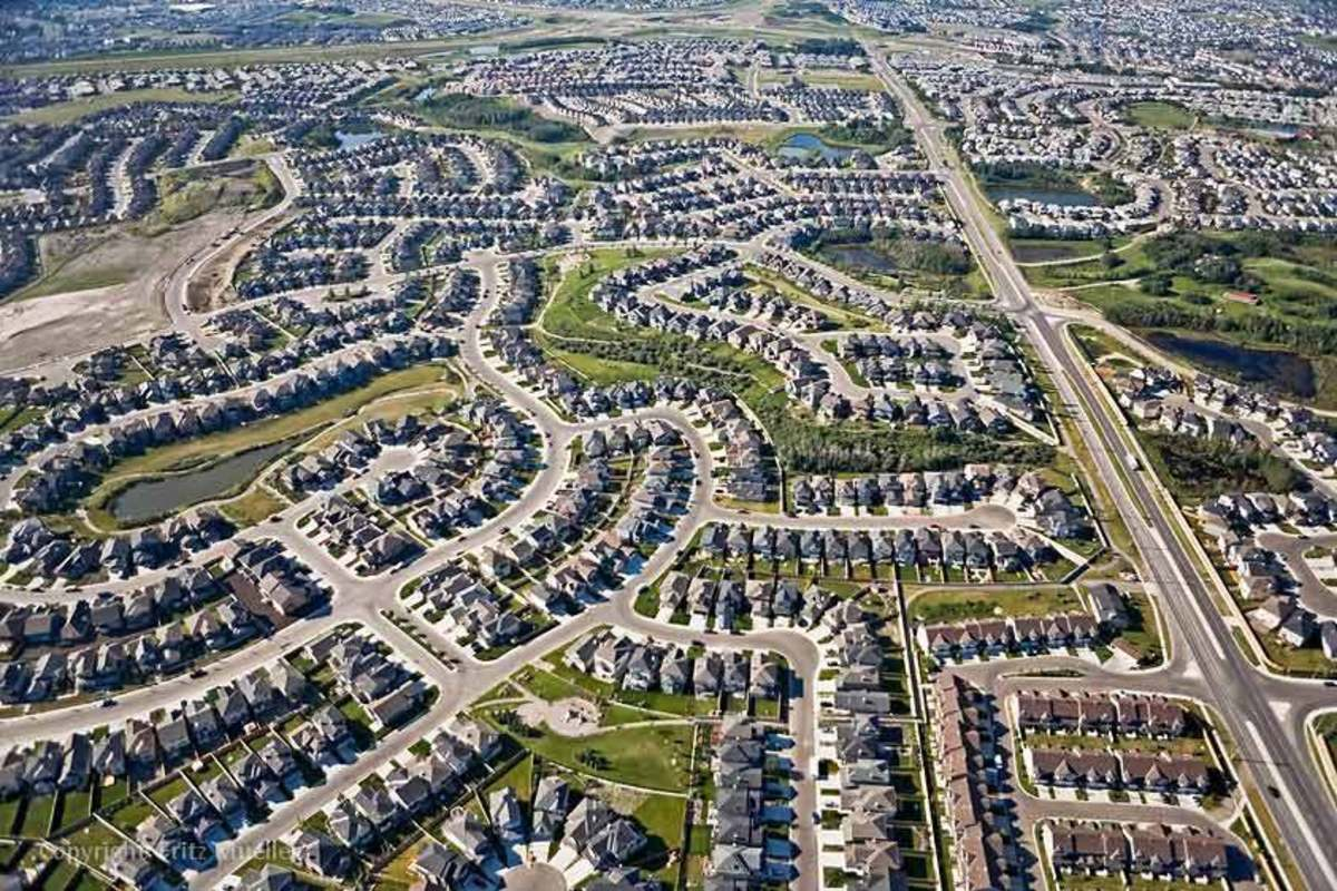 Urban sprawl in northwest Calgary, Alberta.