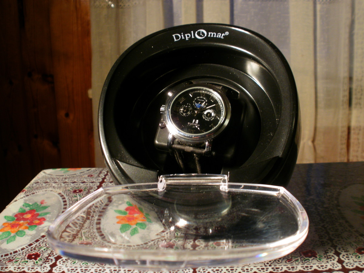 Review of the Diplomat Single Black Watch Winder 31-40001