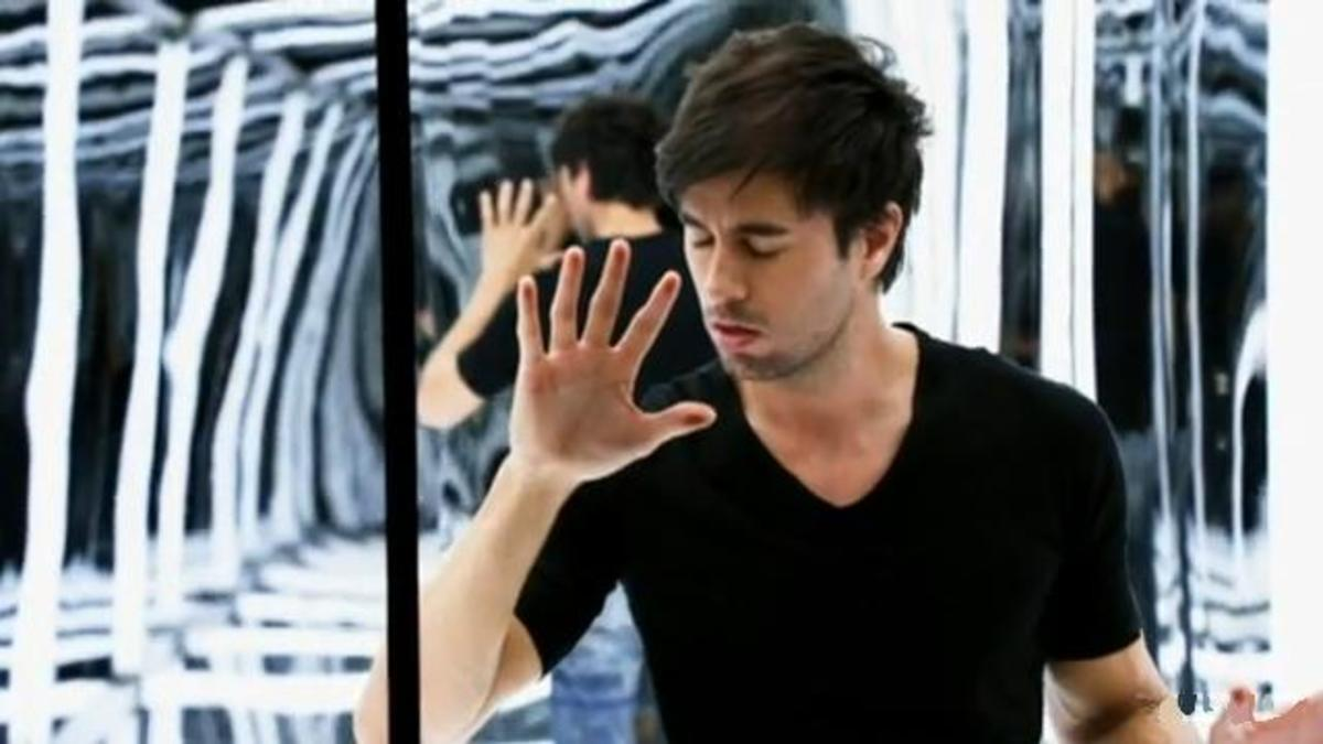 List of the Best Enrique Iglesias Songs for Ballroom and Latin Dancing