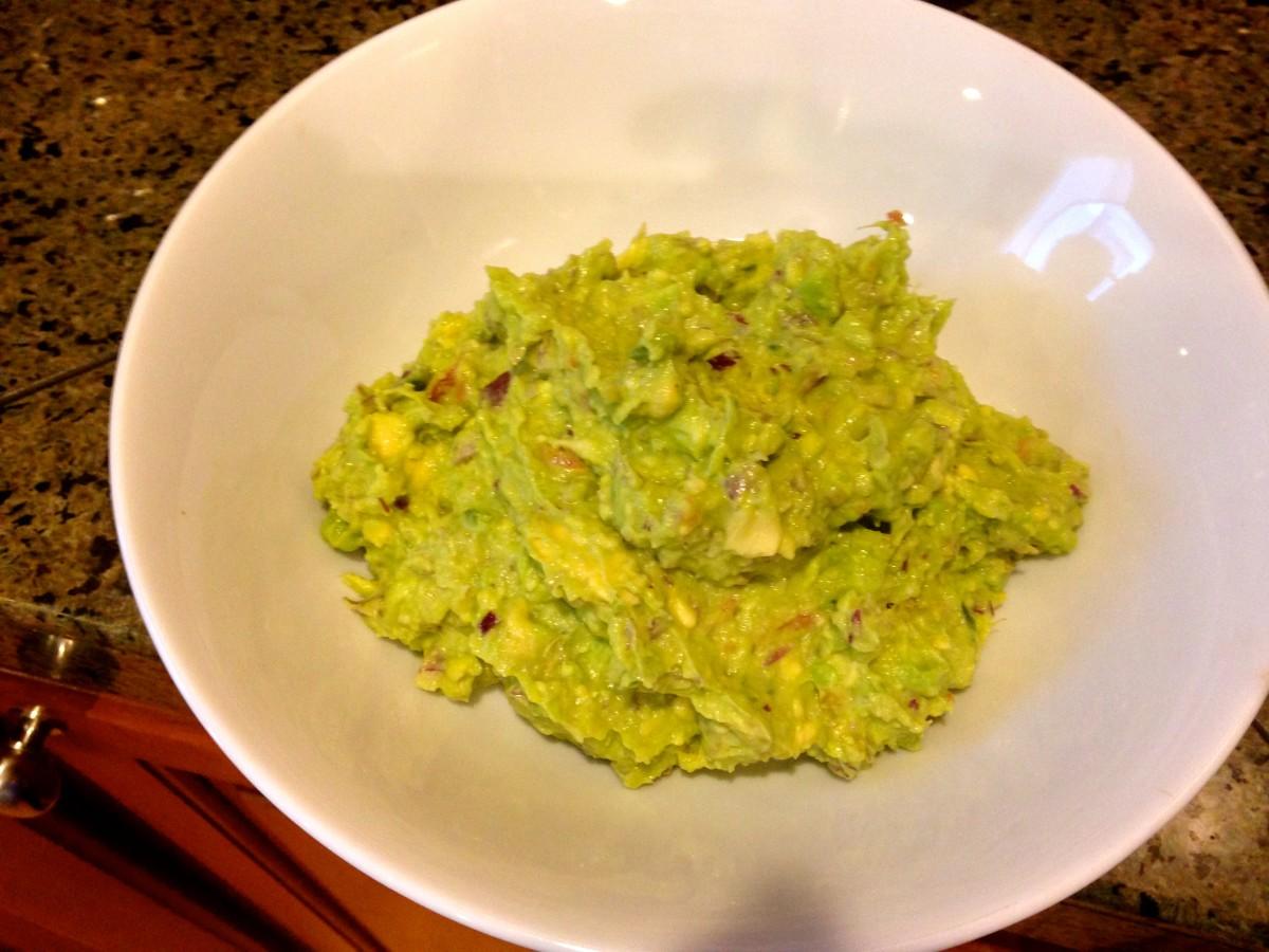 Five-Ingredient Oscar-Worthy Guacamole
