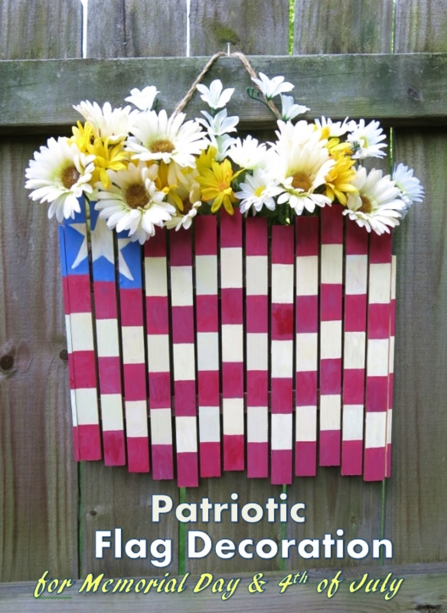 DIY Craft Tutorial:  Patriotic Flag Decoration for Memorial Day or 4th of July