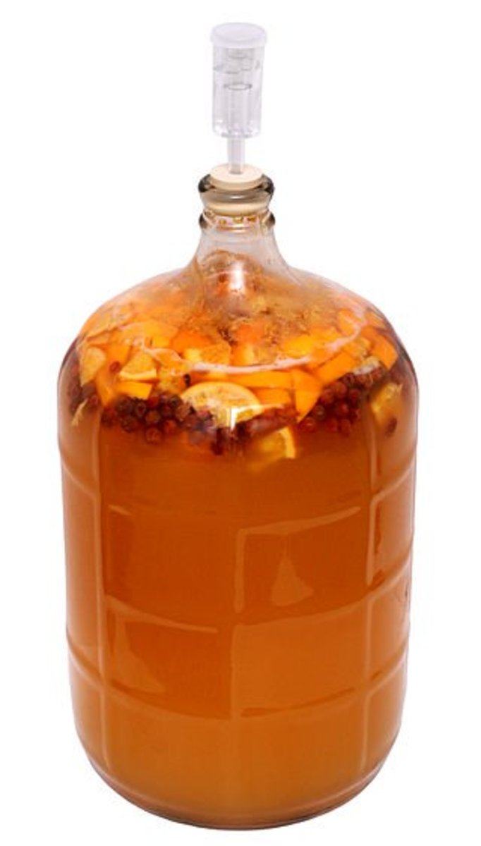 Make Your Own Mead With 5 Ingredients