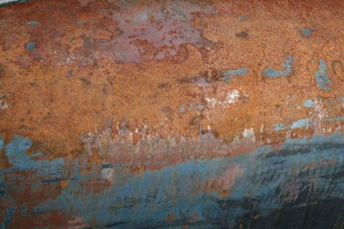 Rust-covered steel plate