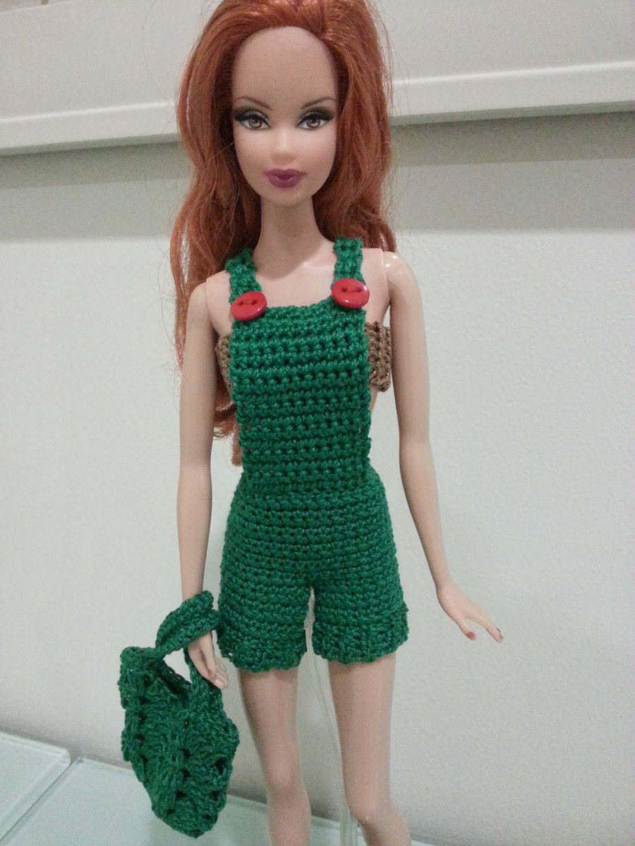 Barbie Basic Overalls (Free Crochet Pattern)
