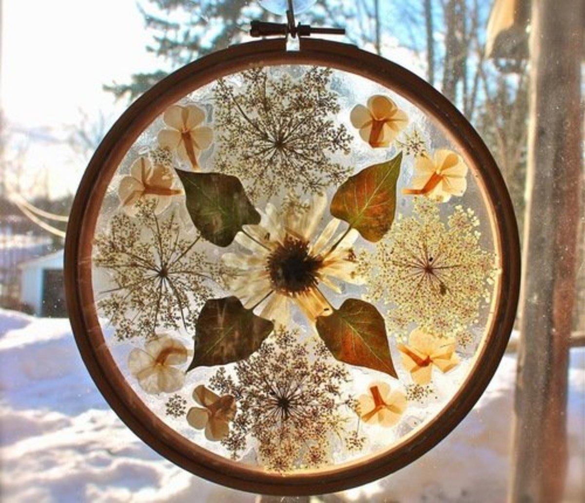 61 Outstanding Suncatcher Craft Ideas