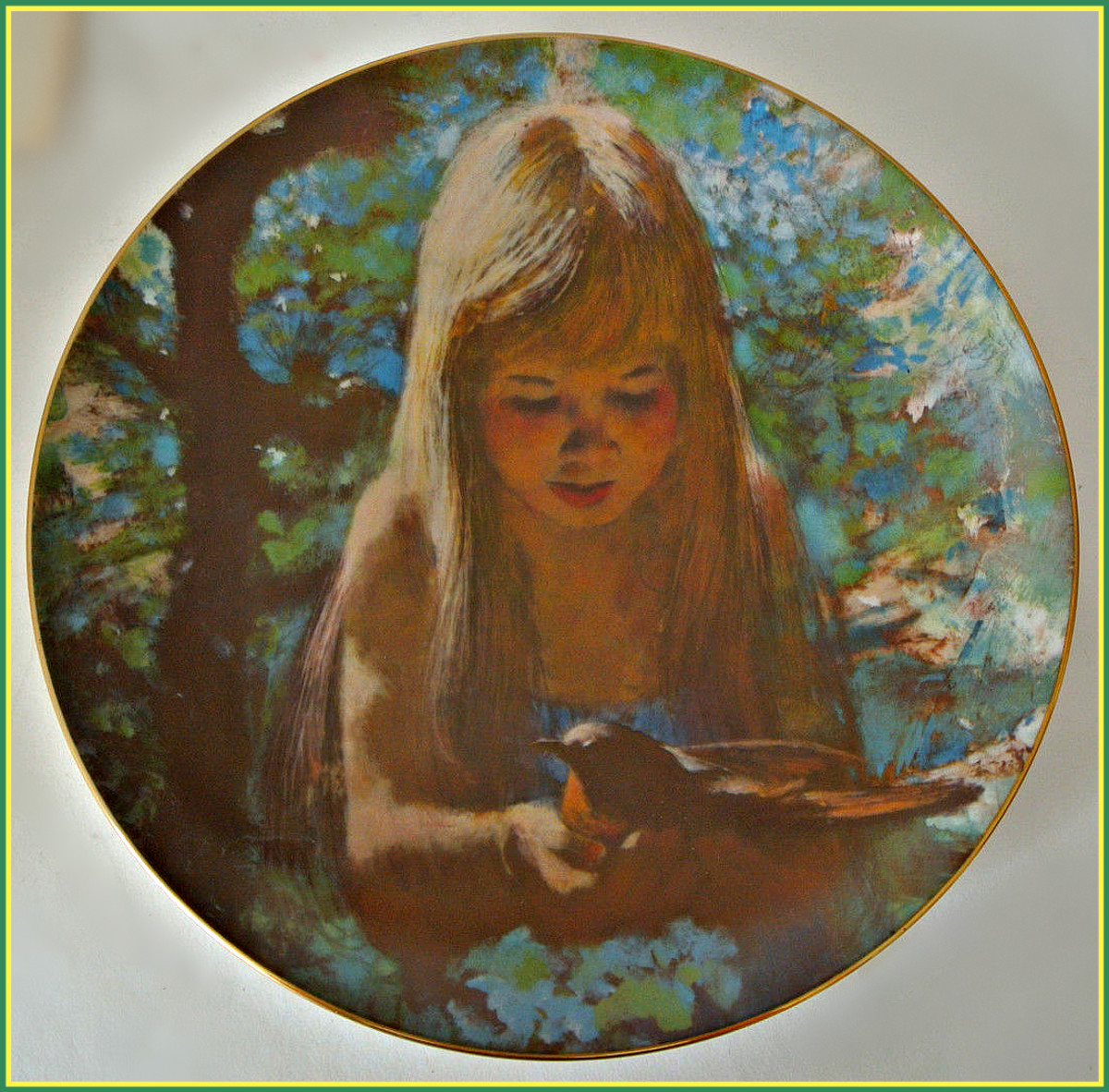 "Viletta & Artist Thornton Utz 1980 DAWN Precious Moments Collection Plate. Made by Viletta China & artist Thornton Utz. This is the fifth issue in the Precious moments Collection, titled DAWN, dated 1980.  Plate is 8 3/8"" in diameter."