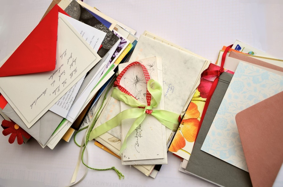 Sending cards and notes with a handwritten message are meaningful ways to encourage others.