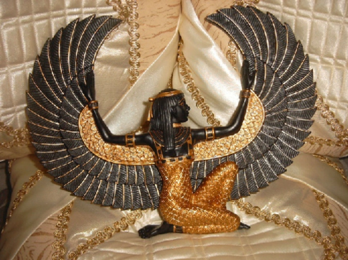 The Egyptian Goddess of Eternal Life: Isis