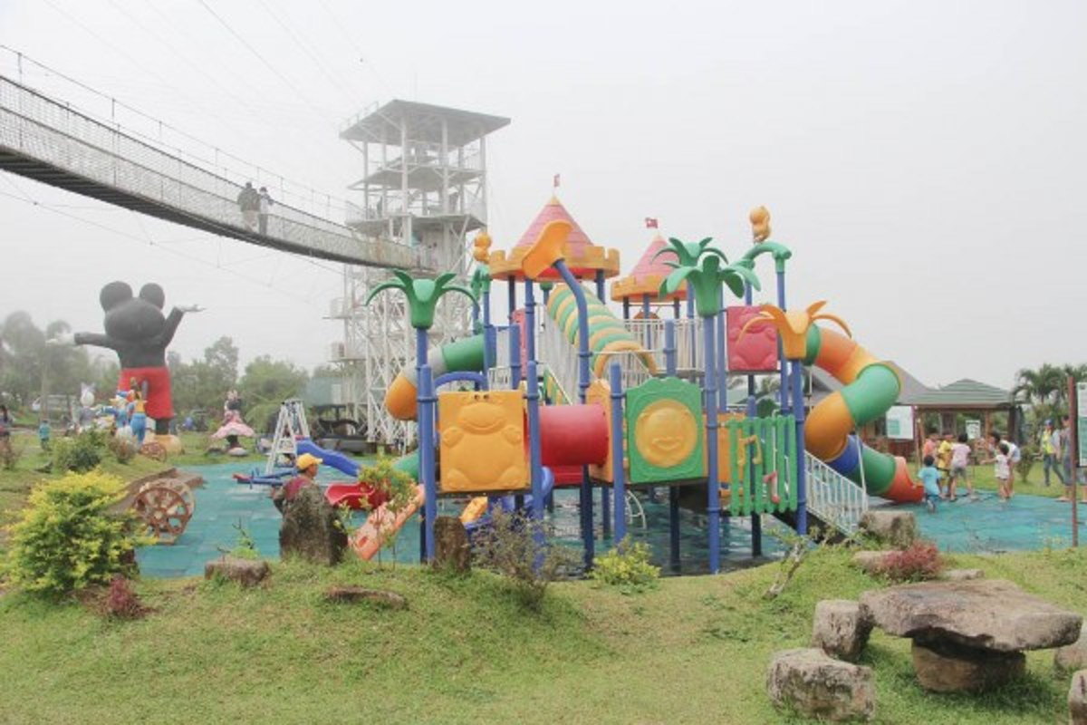 A Visit to the Campuestohan Highland Resort in Bacolod, Phillipines
