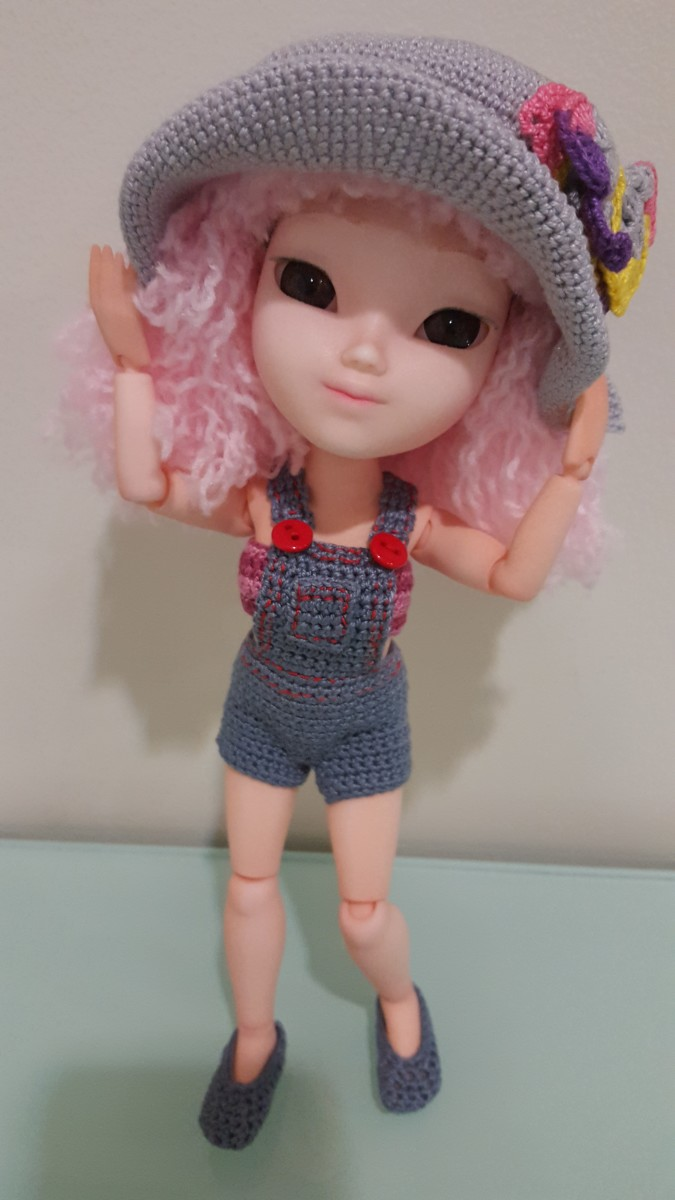 How to Make Doll Overalls