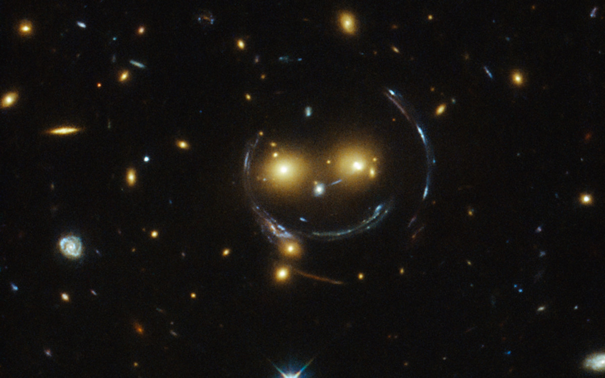 What Is Gravitational Lensing? Its Discovery, Mechanics, and Applications