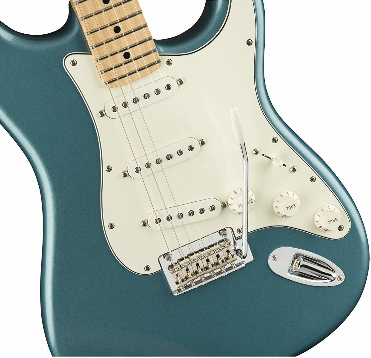 Fender Player MIM Stratocaster HSS vs. SSS