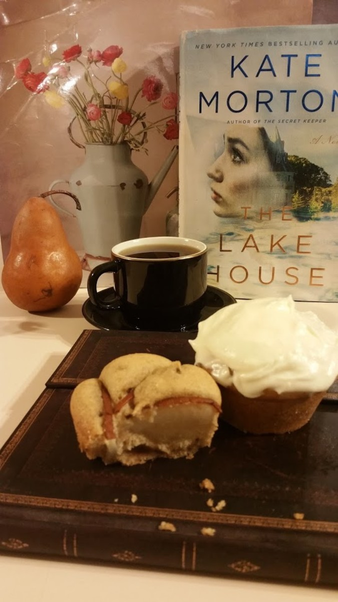 The Lake House Book Discussion and Pear Spice Cupcakes Themed Recipe