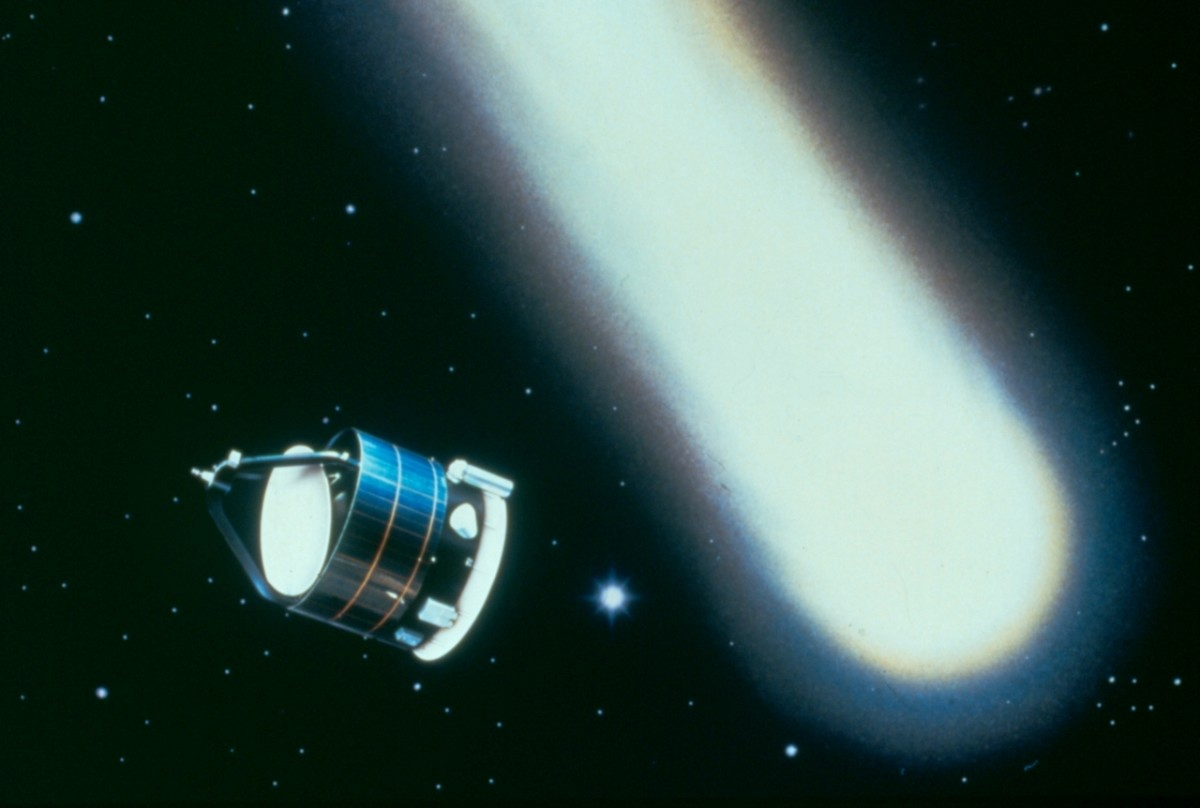 What was the Giotto Space Probe and Its Flyby of Comets Halley and Grigg-Skjellerup?