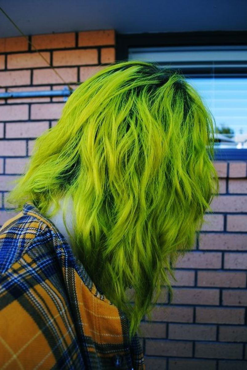 diy hair 10 green hair color ideas bellatory. Black Bedroom Furniture Sets. Home Design Ideas