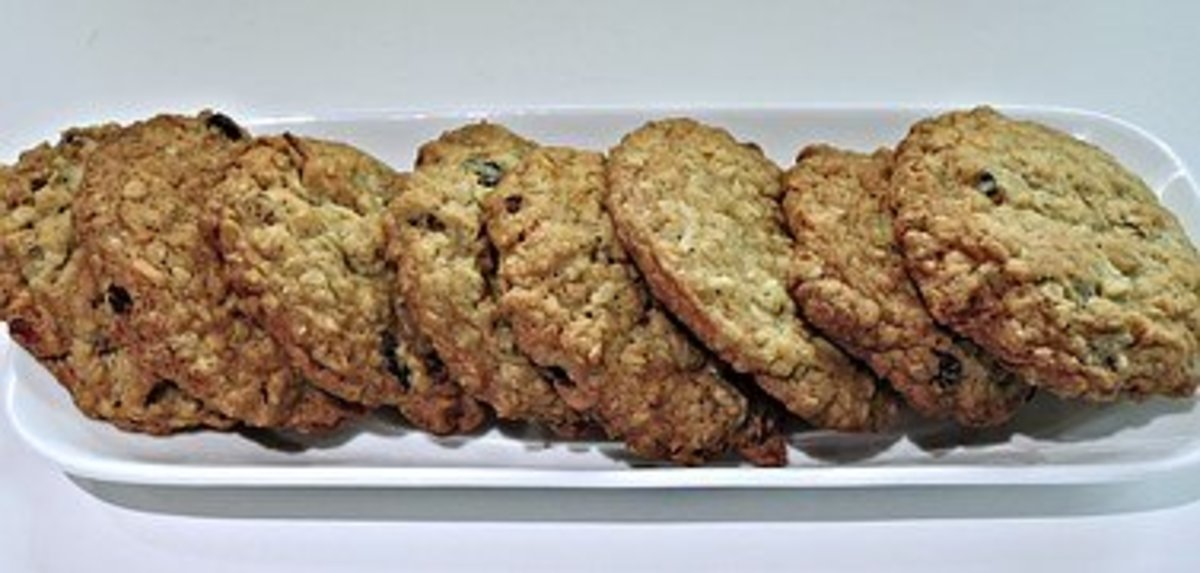 making-cookies-on-a-stove-top-griddle-saves-energy