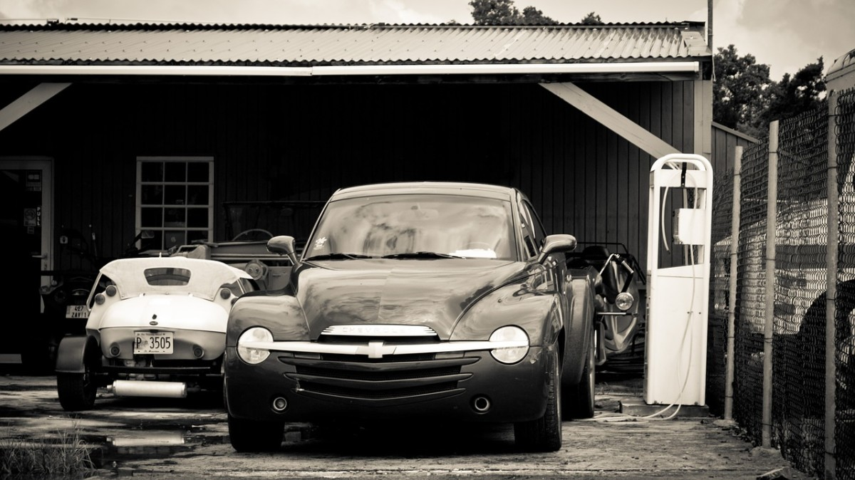 Is your car hanging around your garage for too long? Follow this guide to know how to sell your car like a pro.