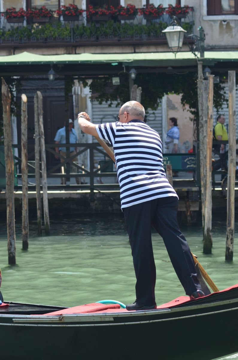 A typical Venetian gondolier (c) A. Harrison