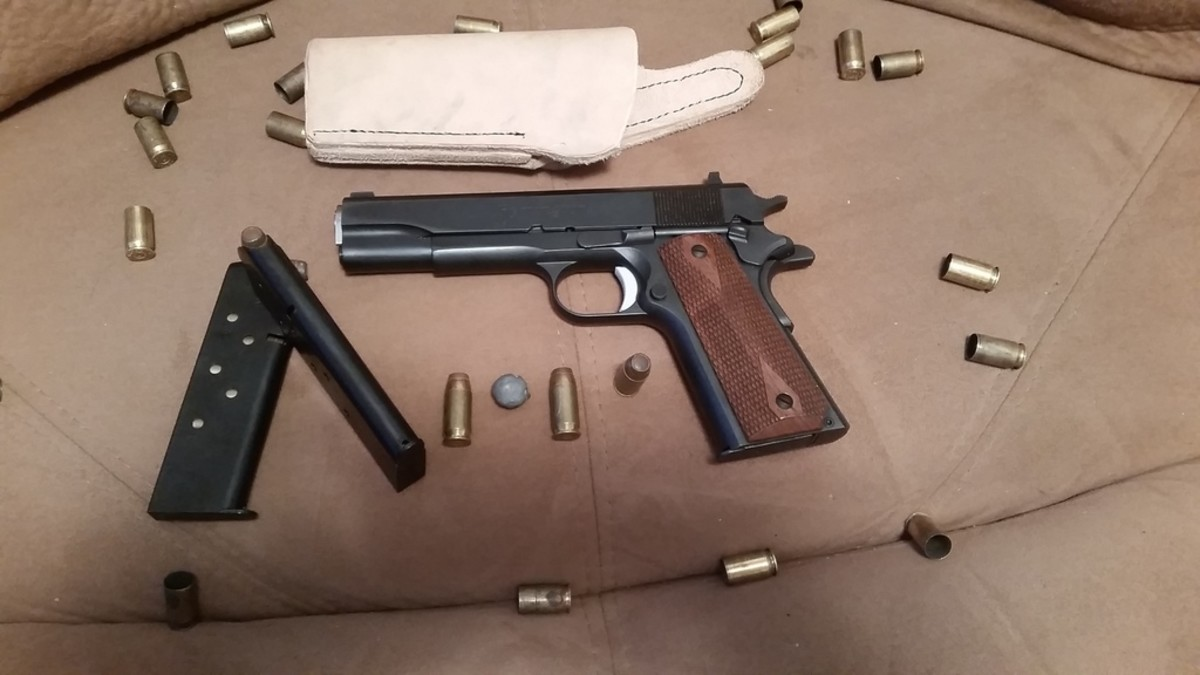 First photo of the gun along with the holster I had just finished for it.