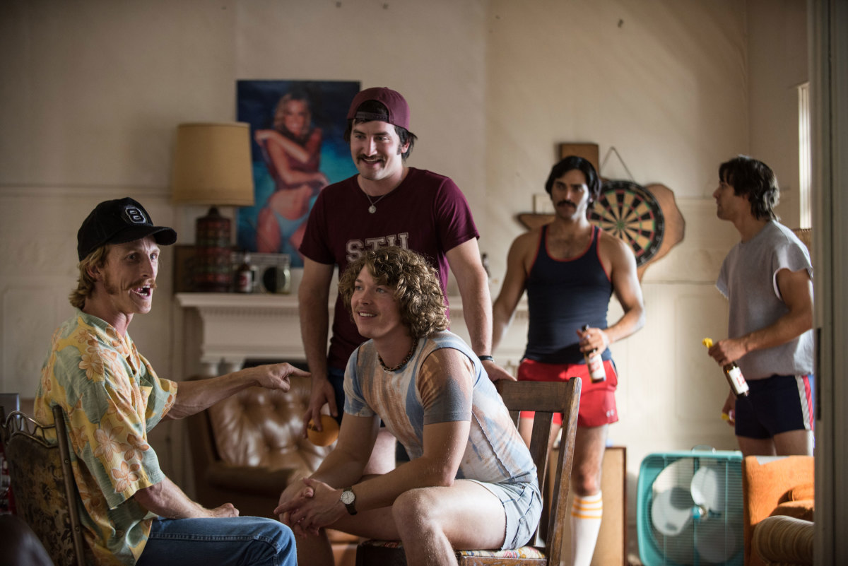 "Comedy Drama Film Review 2016: ""Everybody Wants Some!!"" (Written & Directed by Richard Linklater)"