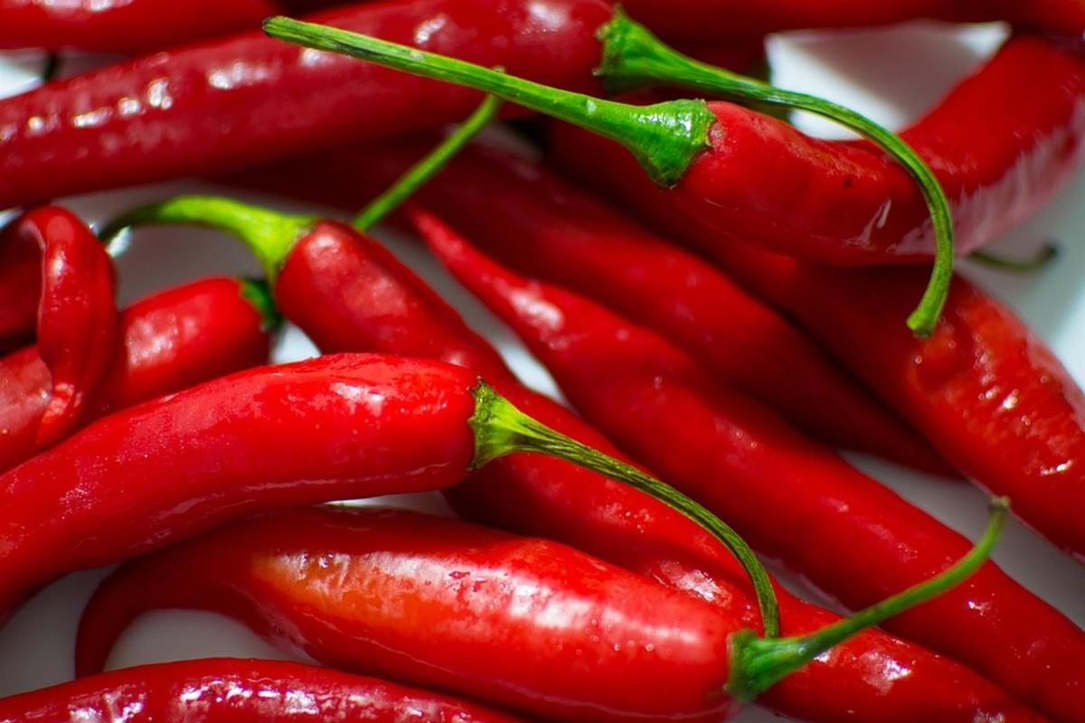fresh cayenne peppers