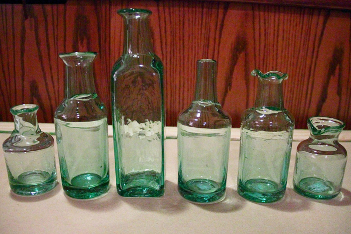 Small glass bottles are ideal for storing gem essences.
