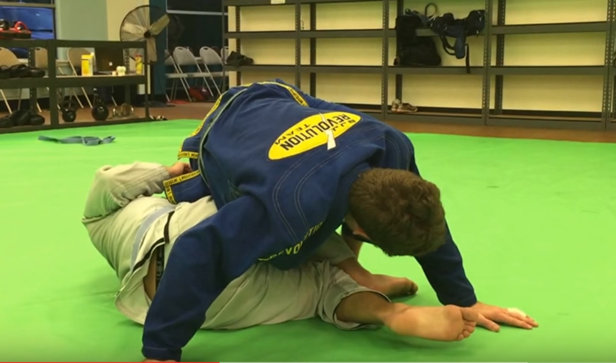How to Counter a Ninja Roll in BJJ